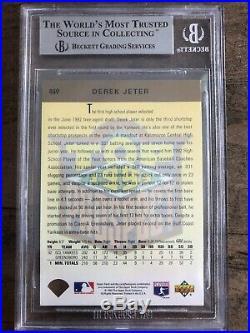 1993 UPPER DECK DEREK JETER GOLD HOLOGRAM RC ROOKIE #449 BGS 8.5 Very Rare