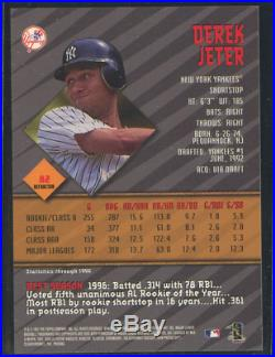 1997 Bowman's Best Autographs Refractor #82 Derek Jeter Auto on Card Rare Wow