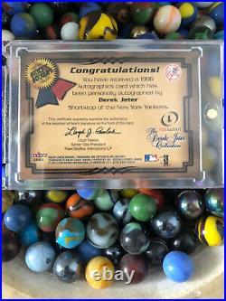 2001 Fleer Legacy Skybox Autographics Derek Jeter On Card Auto Signed Super Rare