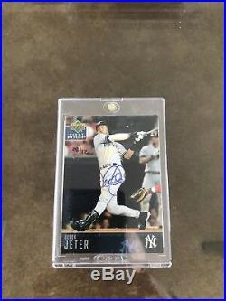 2004 Upper Deck HOF Derek Jeter Autographed 08/12 Buyback! Rare Yankees Card