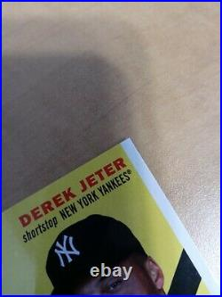 2021 topps series 1 Rare Derek Jeter Sticker Auto 3/5. 70th Anniversary