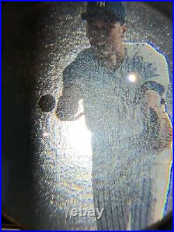 Beautiful, Rare Surface, Derek Jeter 1993 SP foil rookie