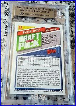 DEREK JETER 1993 Topps SP GOLD Rookie Card RC BGS 8.5 9 RARE Yankees HOF HOT $$$