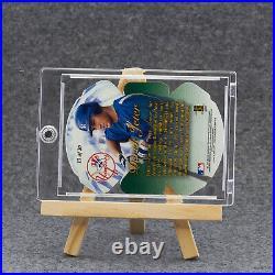 DEREK JETER 1997 Flair Showcase Diamond Cuts #13 Die-CutRare