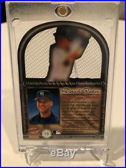 Derek Jeter 2000 Pacific Crown Collection IN THE CAGE SSP Rare Die-Cut Insert