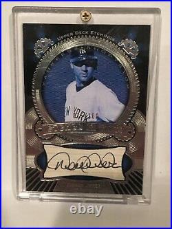 Derek Jeter 2004 Upper Deck Auto /100 Yankees Autograph Black & White Rare