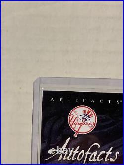 Derek Jeter Autofacts Auto AF-DJ VERY RARE! 2007 Upper Deck MLB Artifacts