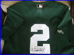 Derek Jeter Majestic Yankees Collection RARE St. Patty's Day Signed Jersey (M)