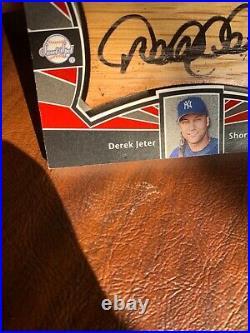 Derek jeter auto card 2004 upper deck sweet spot RARE one of 53 produced