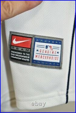 New York Yankees RARE YANQUIS MLB #2 Derek Jeter Vintage Jersey Shirt Nike XL