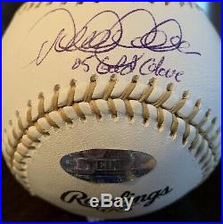 RARE Derek Jeter 2005 Gold Glove STEINER New York Yankees Autographed Baseball