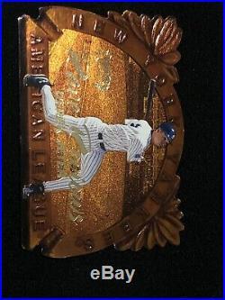 VERY RARE DIECUT 1998 Fleer Circa Baseball DEREK JETER RAVE REVIEWS, Yankees