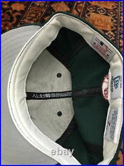 Vintage New York Yankees Green New Era Fitted Hat Cap Sz 7 Gen Merch MLB Rare