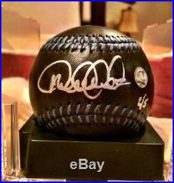 Wow! Rare Derek Jeter Signed Black L/e Baseball 2/5 With Mlb And Steiner